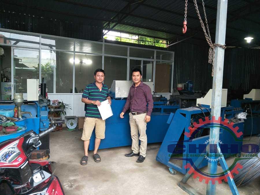 Giao máy bẻ đai sắt cho khách hàng ở Đà Nẵng