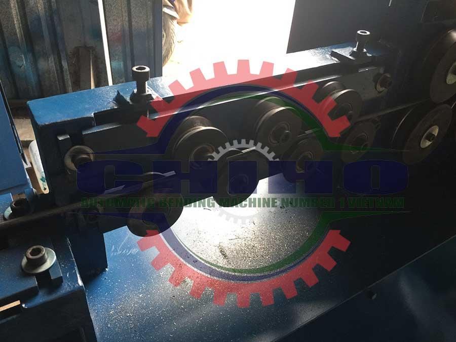 cấu tạo máy bẻ đai sắt