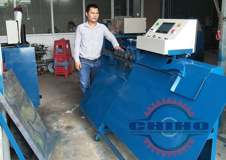 Dòng máy bẻ đai sắt thế hệ mới cho ra 1 ngày tấn sắt