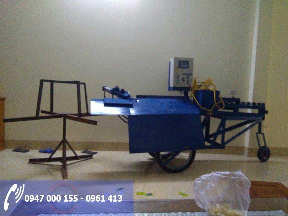 máy bẻ đai sắt lắp theo yêu cầu của chiho