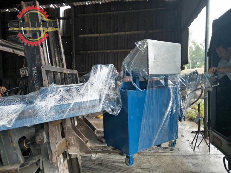 Cơ sở Chí Hướng máy bẻ đai sắt đứng có những ưu điểm gì trong xây dựng