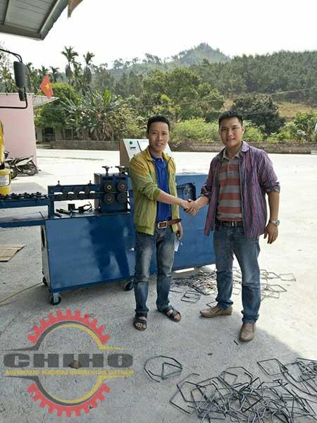 Bàn giao máy bẻ đai sắt tại Nghệ An