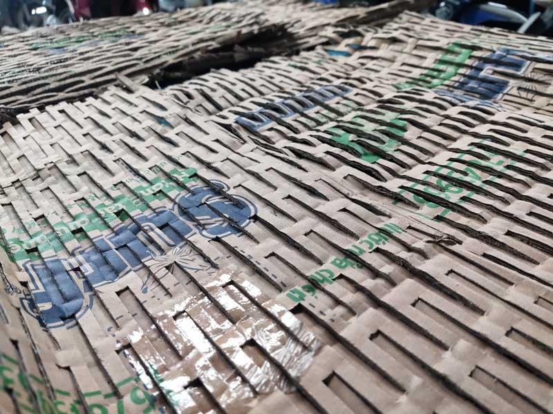 Các thành phẩm từ máy tái chế giấy carton CHP--200